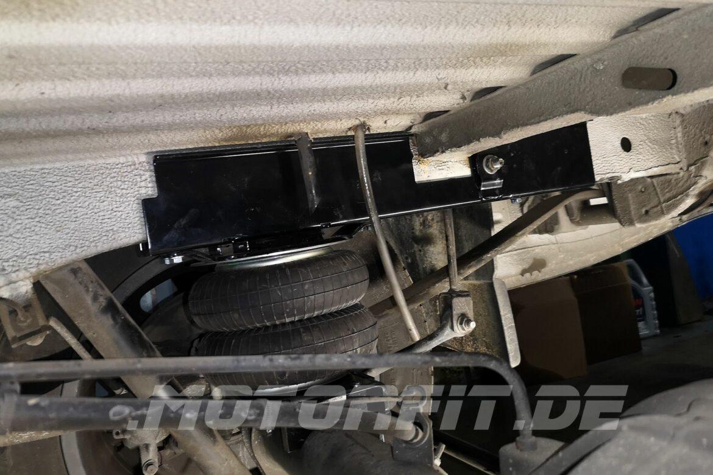 MB Sprinter W906 Zusatz-Luftfederung Semi Air mit Rahmenverstärkung von Motorfit.de
