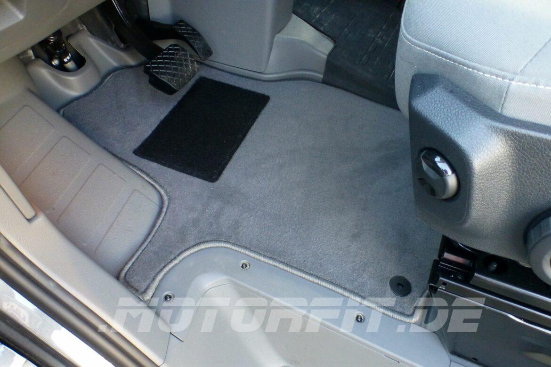 VW Grand California - Fahrerhausteppich